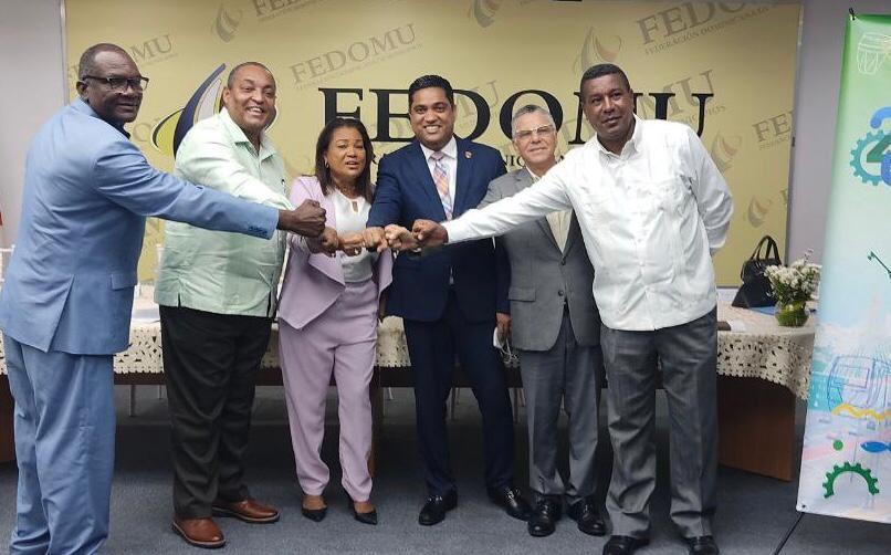 Anuncian eventos conmemorativos del vigésimo  aniversario de la provincia Santo Domingo